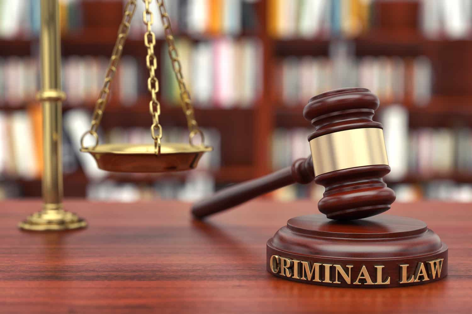 When to Call a Criminal Defense Attorney